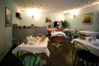 Viajes Ibiza - Hotel Assarotti