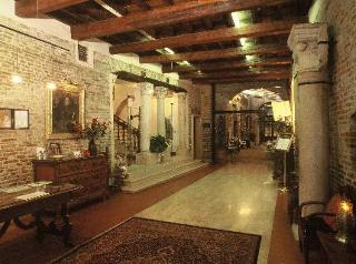 Ripagrande Hotel
