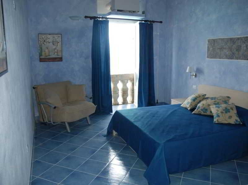 Blu Tropea Maison