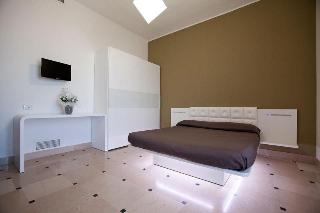 Hyencos Hotel Calos