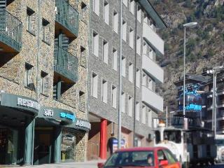 Aparthotel Shusski 4 in Andorra, Andorra