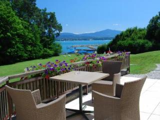 Hotel La Barcarolle in Geneva, Switzerland