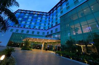 Tryp by Wyndham Panama at Albrook Mall