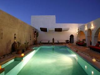 """Riad """"Les Mille Et Une Nuits"""" in Essaouira, Morocco"""