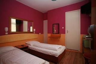 Viajes Ibiza - Dam & Orange Tulip Hotel