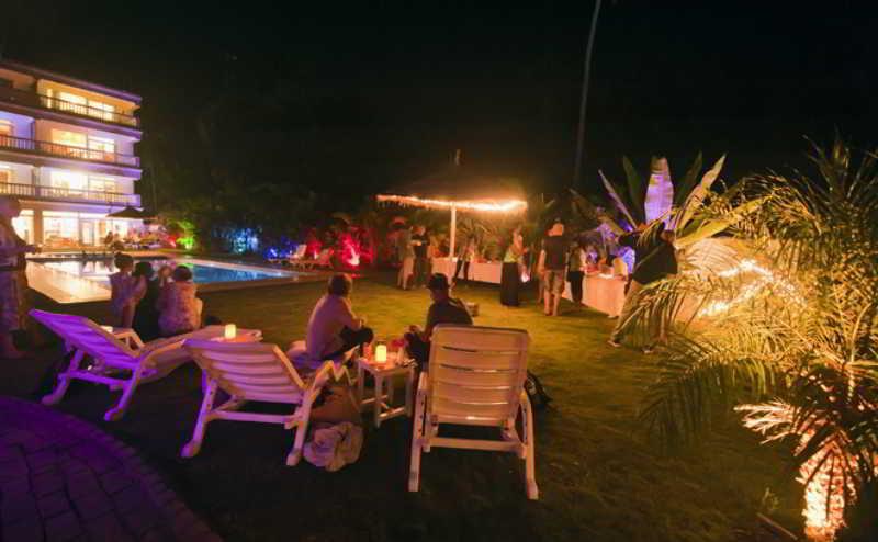Safira River Front Resort