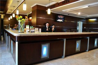 Polonia Medan Managed By Topotels Hotel Instant Reservation