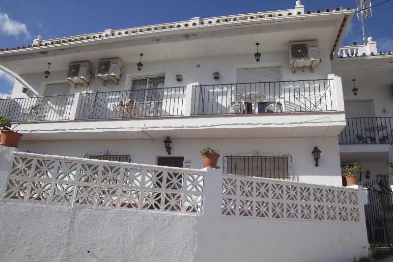 Hotel Casas Rurales Santos