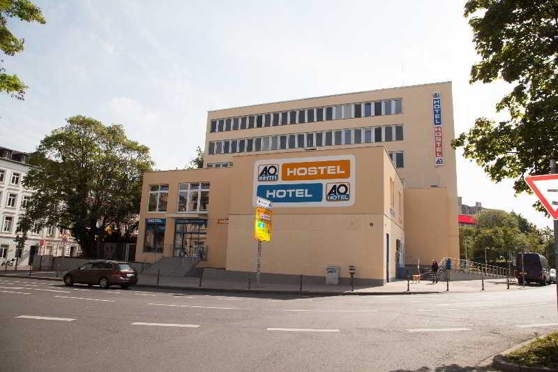 Viajes Ibiza - A&O Aachen Hauptbahnhof