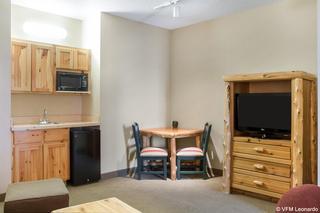 Comfort Suites Rapid River Lodge