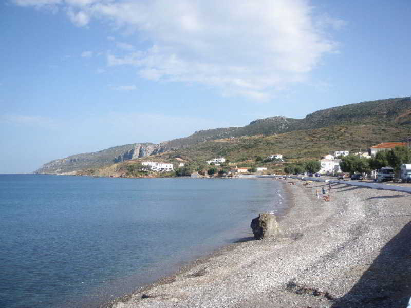 Maneas Beach
