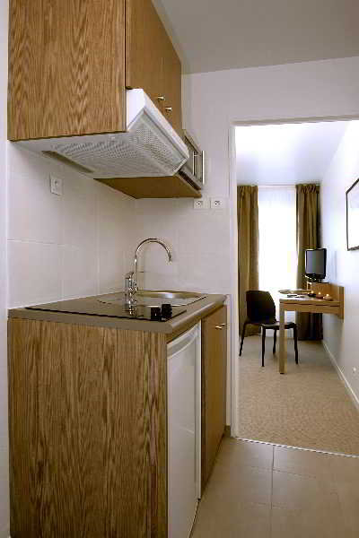 las mejores ofertas en appart 39 city. Black Bedroom Furniture Sets. Home Design Ideas