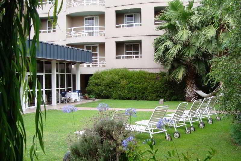 Apart Hotel Maue in Mendoza, Argentina