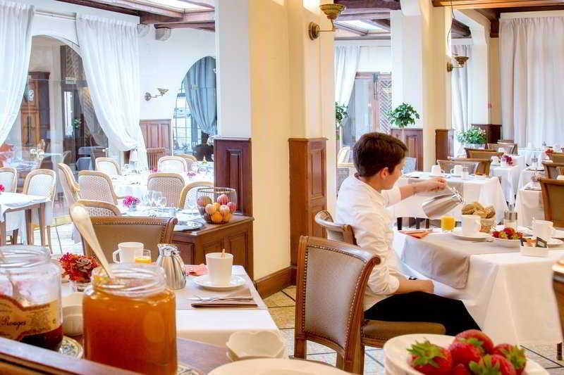 http://www.hotelbeds.com/giata/23/231115/231115a_hb_r_001.jpg