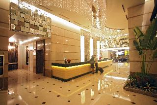 St Giles Makati Giles Classic Hotel