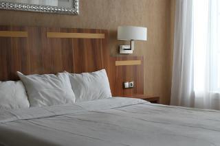 inter hotel nantes gare du grand monarque. Black Bedroom Furniture Sets. Home Design Ideas
