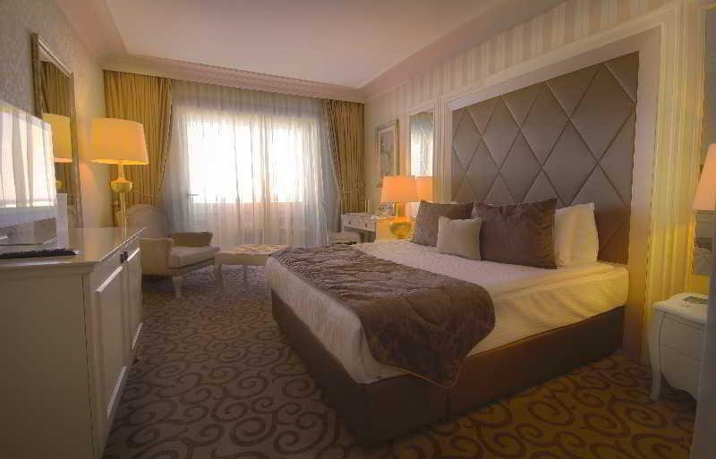 Grand Pasha Hotel & Casino