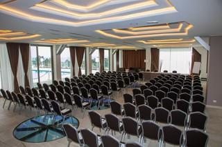 4 Spa Resort Hotel