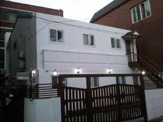 Dongdaemun 2c House in Seoul, South Korea