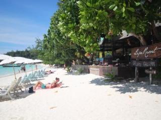 Lipe Resort