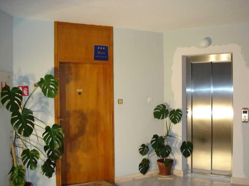 Hotel Apartman Perone