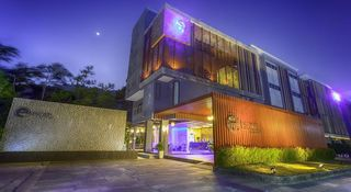 Escape de Phuket and Villa