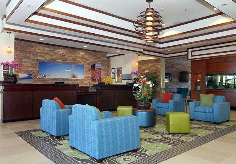 阿拉莫戈多費爾菲得套房酒店