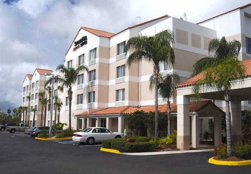 聖盧西港春丘套房酒店