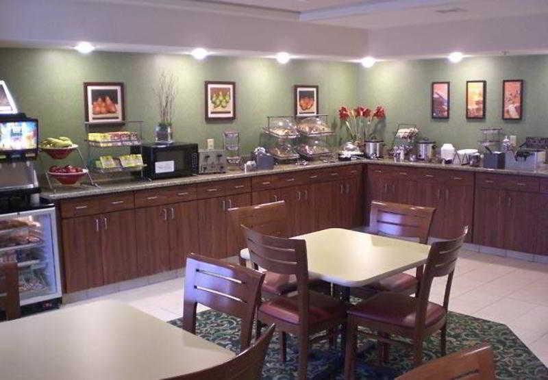 Hotel Fairfield Inn  U0026 Suites Memphis Germantown En
