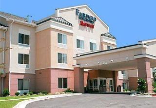 蒂夫頓費爾菲得套房酒店