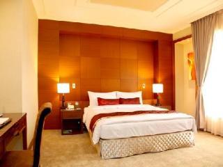 Golden Tulip Aesthetics Hotel