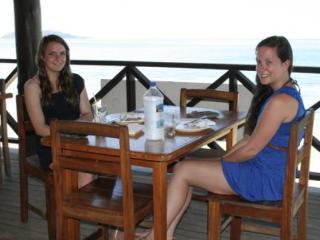 Ratu Kini Backpackers  Dive Resort