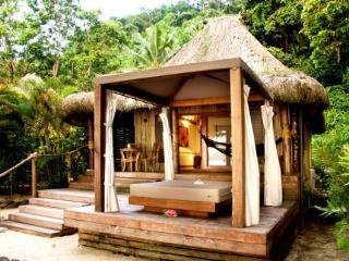 Qamea Resort  Spa