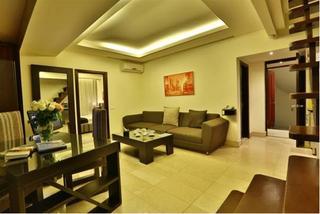 Park Lane Furnished Suites