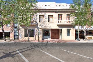 San Isidro Plaza
