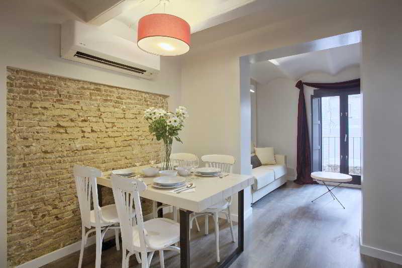 Precios y ofertas de apartamento ssa sagrada familia for Hoteles en barcelona centro para familias