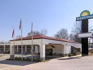 Days Inn by Wyndham Columbia