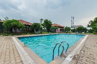 Riverside Resort & Spa