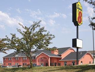 Super 8 Motel - Red Oak