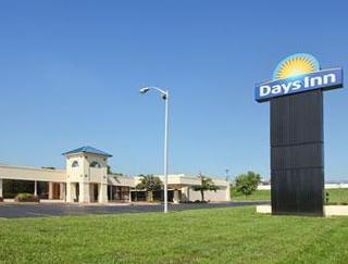 Days Inn by Wyndham Cave City