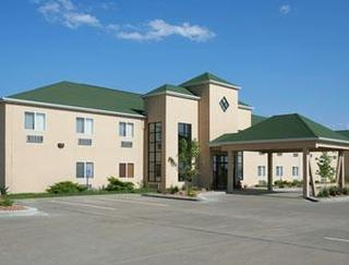 Howard Johnson Hotel & Suites by Wyndham Oacoma