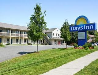 Days Inn by Wyndham Bethel - Danbury