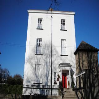 Morehampton Townhouse