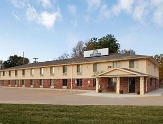 Days Inn by Wyndham Warrensburg