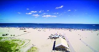 艾克納鑽石海灘酒店