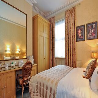 Hotel Kilronan Guesthouse