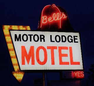 Bell's Motor Lodge Motel