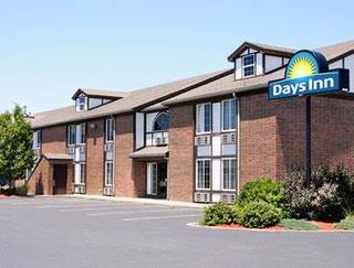 Days Inn by Wyndham Newton