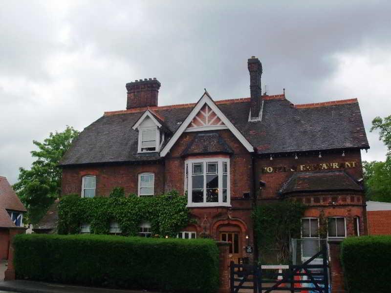 Harefield Manor
