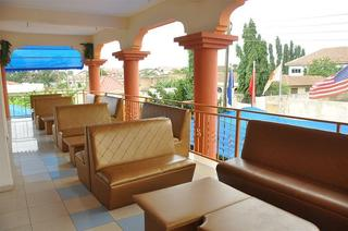 Oscar Pak Royal Hotel